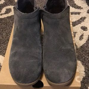 TOMS suede/wool grey Boots